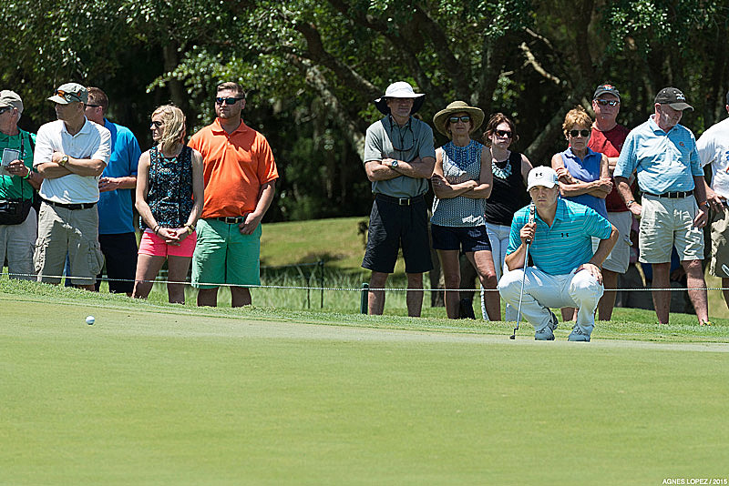 Masters Champion Jordan Spieth lining up a putt at The PLAYERS 2015 - photo by Agnes Lopez